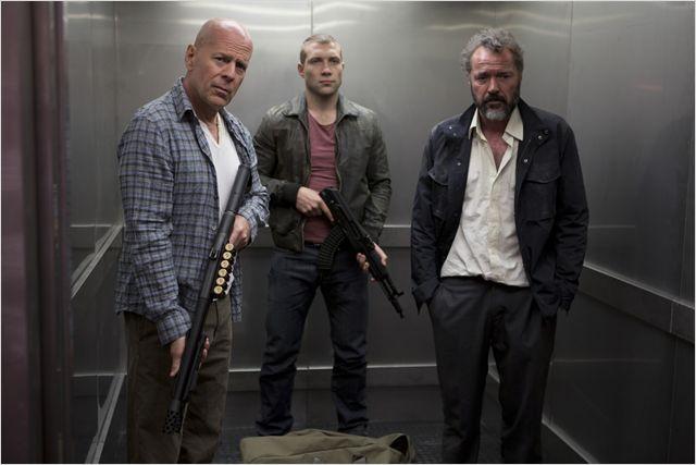"""""""Vous avez l'habitude de faire ça hein ?""""  Des mauvais Die Hard non, des fusillades ouais."""