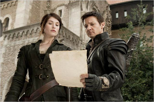 """"""" Bon ça c'est un contrat pour tuer des vampires qui brillent. WTF ? """""""