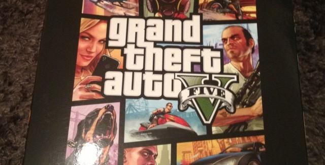 Déballage de l'édition collector de GTA V !